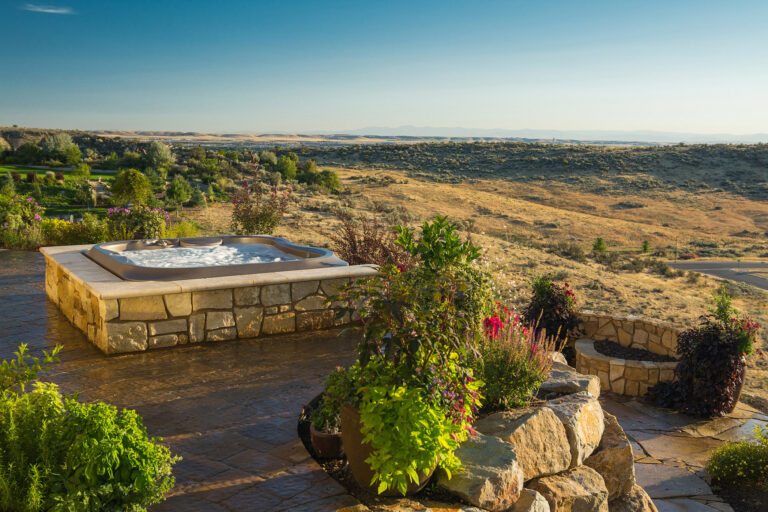 Jacuzzi hot tub with landscape view