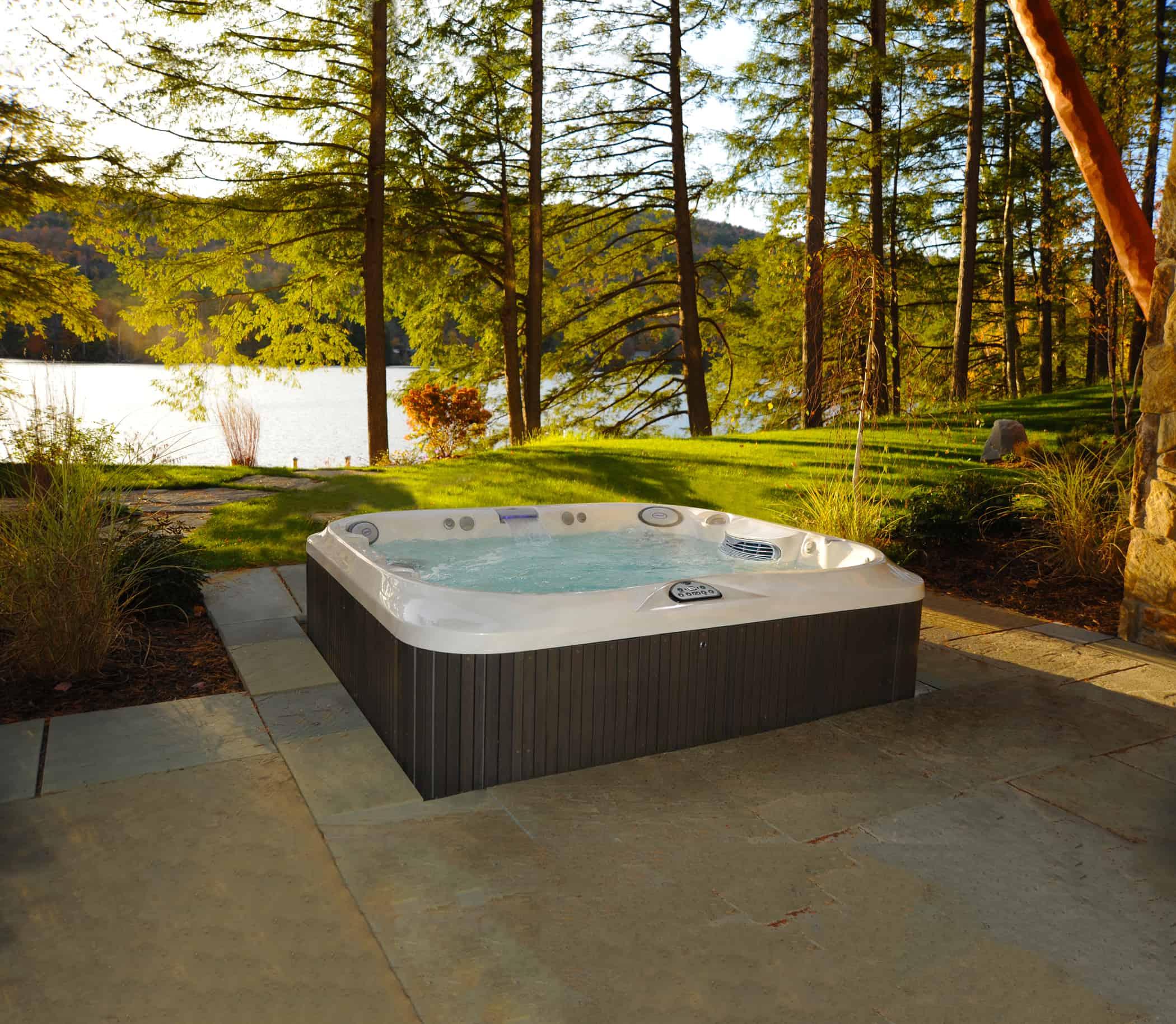 Hot Tubs vs Swim Spas